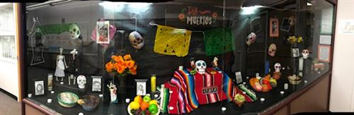 Imge of Altar de muertos display