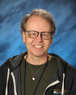 portrait of counselor Brian Baker
